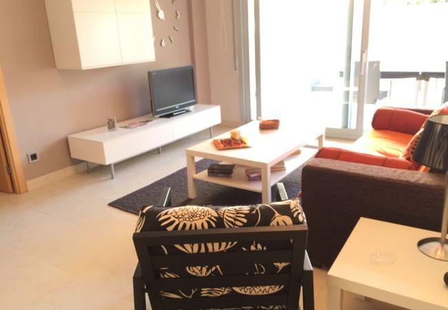Apartamento en Salou - Excelente apartamento, 2 hab. gran terraza salida directa a piscina