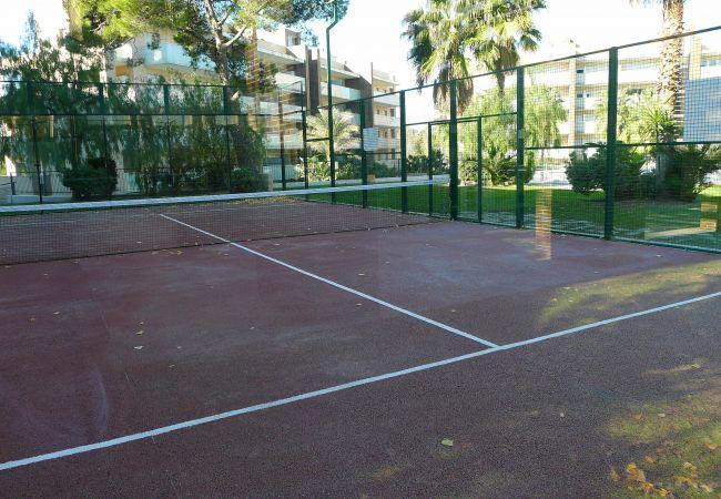 Apartamento en Salou - Cómodo apartamento con dos terrazas y acceso directo a piscina